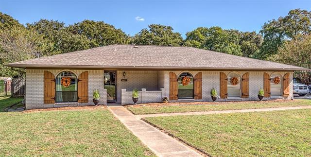 Photo of 6401 Kingston  Colleyville  TX