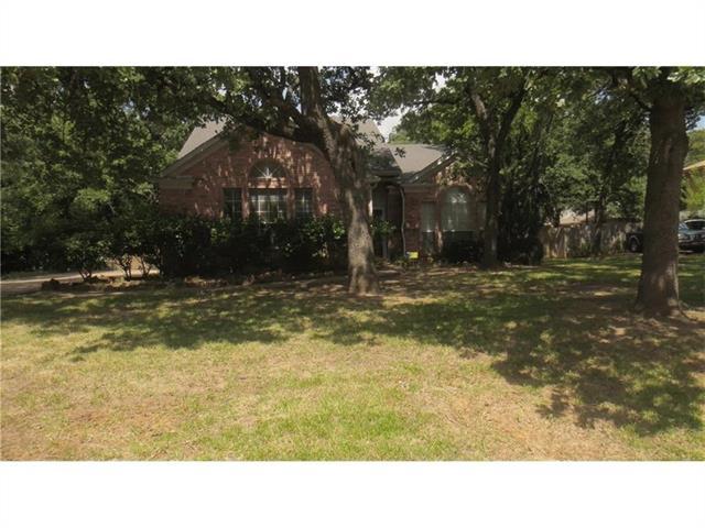 Photo of 1504 Kenwood Street  Denton  TX