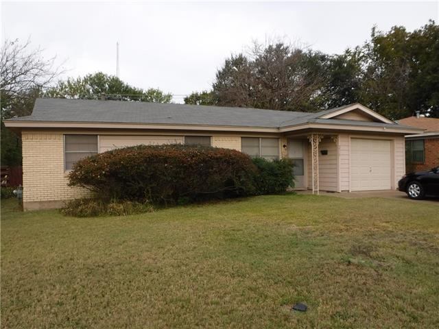 Photo of 5536 Westcrest Drive  Fort Worth  TX