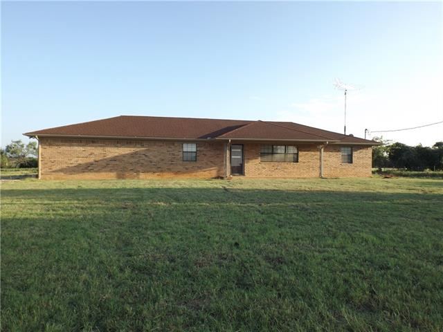 Photo of 898 County RD 2435  Iredell  TX