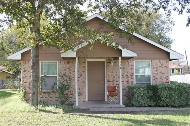Photo of 107 Cook Street  Waxahachie  TX