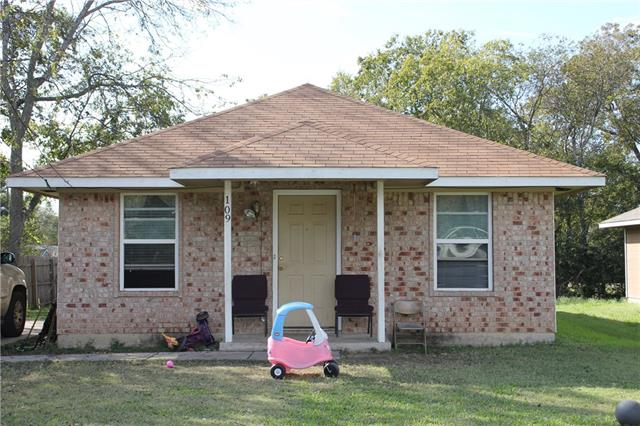Photo of 109 Cook Street  Waxahachie  TX
