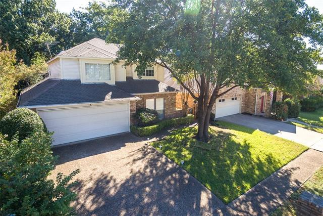 Photo of 1112 Olde Towne Drive  Irving  TX