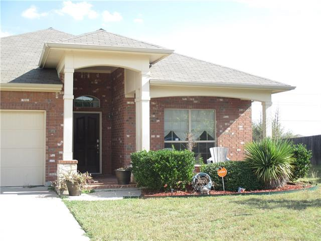 Photo of 8221 Summer Stream Drive  Fort Worth  TX