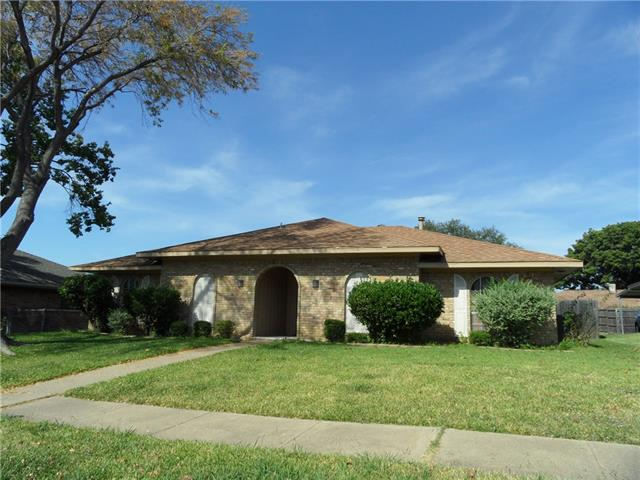 Photo of 1809 Kensington Drive  Carrollton  TX