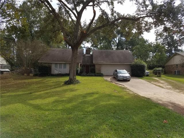 Photo of 1100 Forest Hills Street  Gladewater  TX