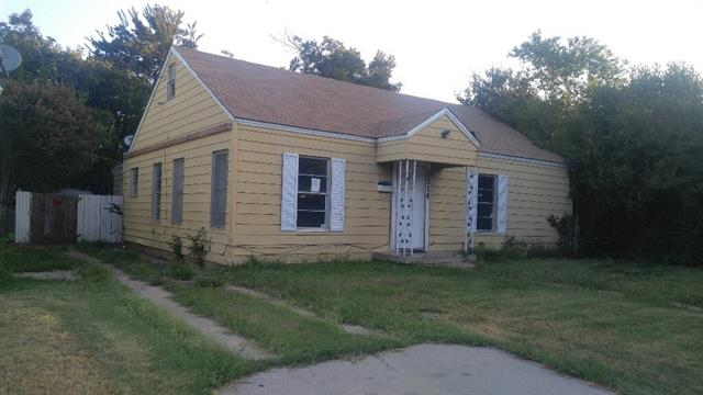 Photo of 1514 Willow Street  Grand Prairie  TX