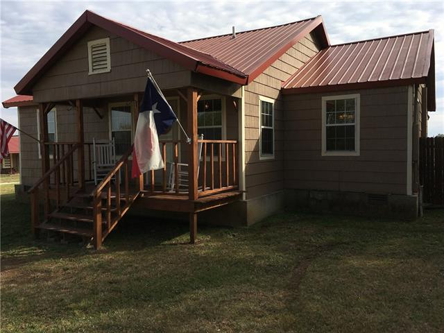 Photo of 214 Krahl Road  Valley View  TX