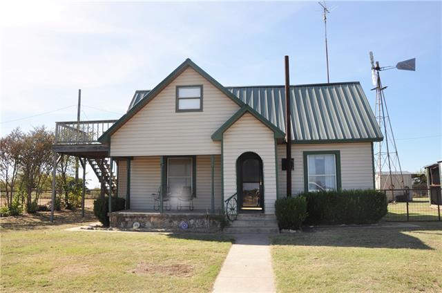 Photo of 115 County Road 128  Carlton  TX