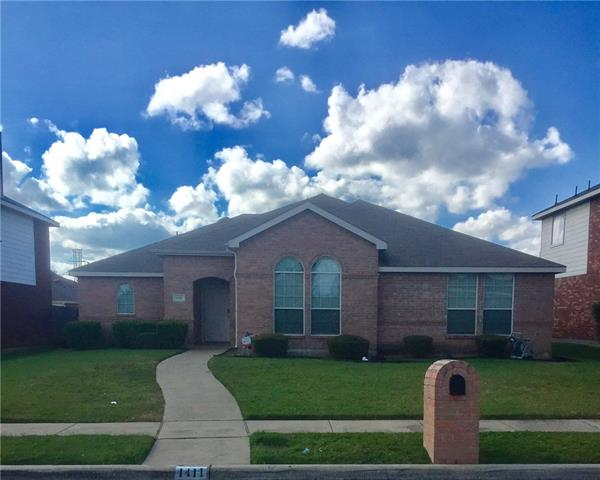 Photo of 1411 Logan Drive  Lancaster  TX