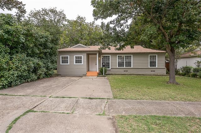 Photo of 829 Crockett Street  Garland  TX