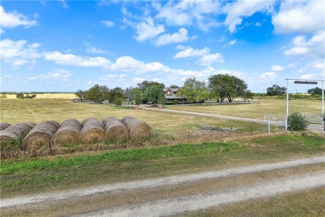 Photo of 101 La Tierra  Hubbard  TX