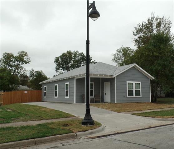Photo of 1312 E Leuda Street  Fort Worth  TX