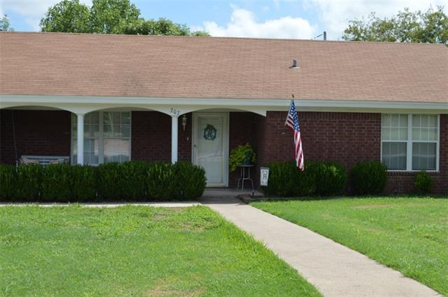 Photo of 202 S Ave P  Clifton  TX