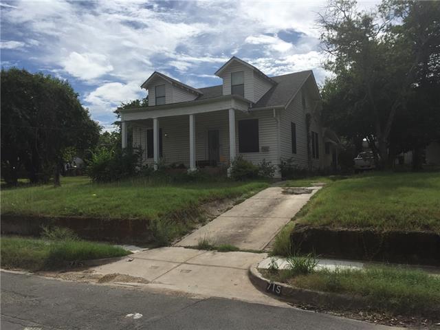 Photo of 715 S Barnett Avenue  Dallas  TX