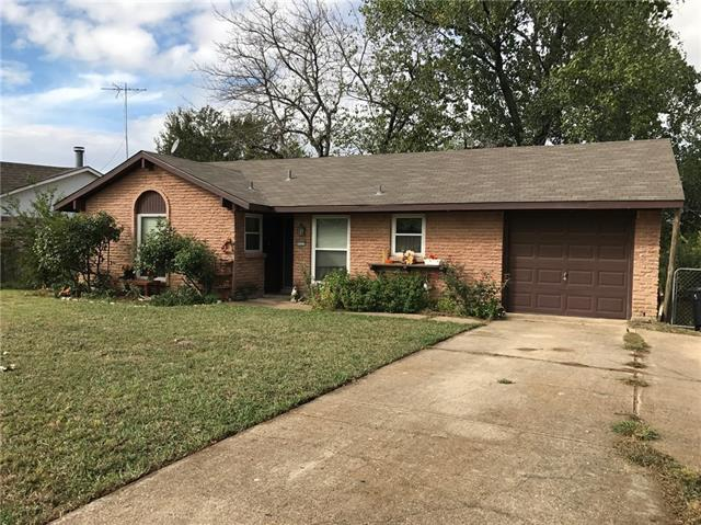 Photo of 2525 Whippoorwill Drive  Mesquite  TX
