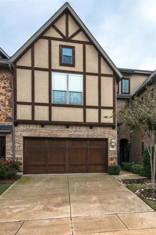 Photo of 934 Brook Forest Lane  Euless  TX