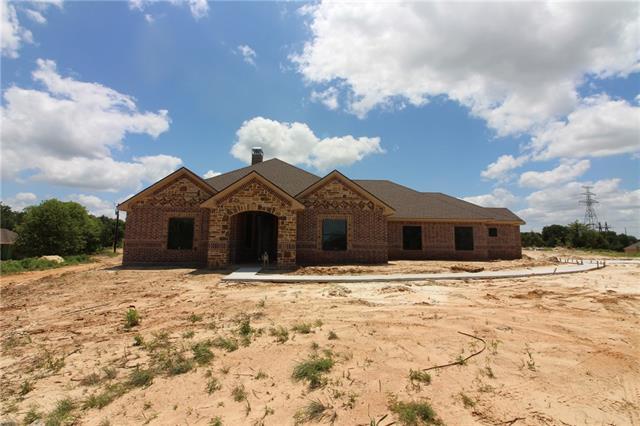 Photo of 1413 county road 3591  Paradise  TX