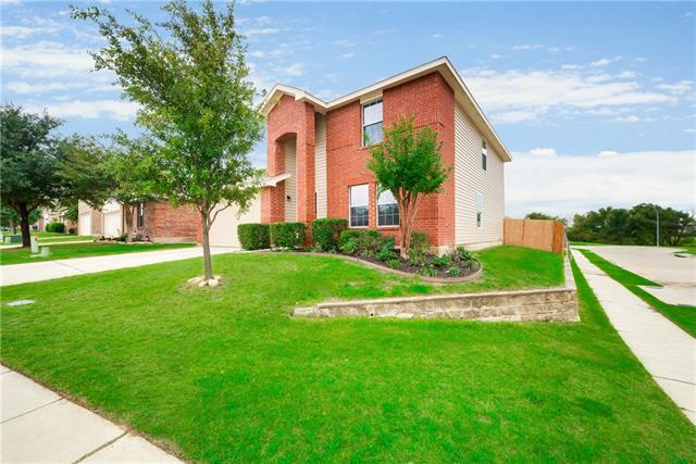 Photo of 14161 Black Gold Trail  Fort Worth  TX
