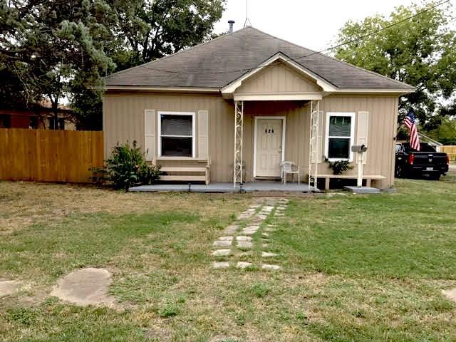 Photo of 626 Park Drive  Hillsboro  TX