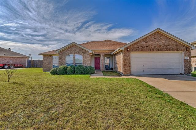 Photo of 1809 Sabine Drive  Midlothian  TX