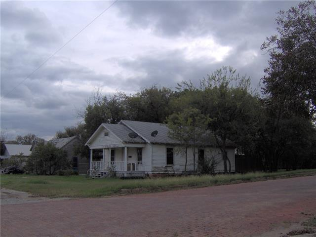 Photo of 600 Avenue F  Cisco  TX