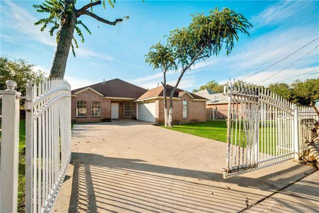 Photo of 2241 Avenue C  Grand Prairie  TX