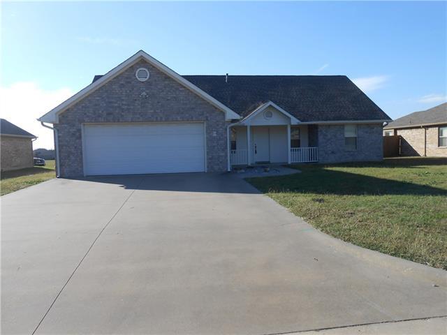Photo of 511 Jouette Street  Farmersville  TX