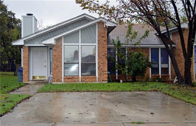 Photo of 106 Oak Wood Lane  Kennedale  TX