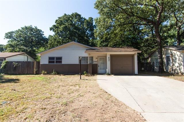 Photo of 4404 Kings Oaks Lane  Fort Worth  TX