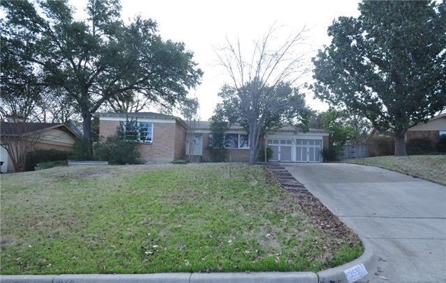 Photo of 3555 Cromart Court S  Fort Worth  TX