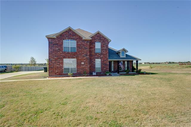 Photo of 931 Meghann Lane  Waxahachie  TX