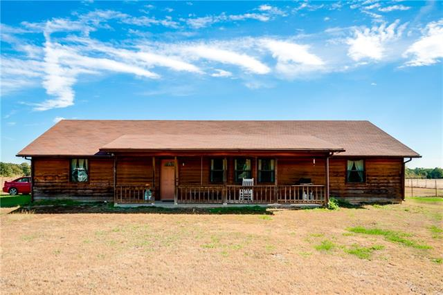 Photo of 631 County Road 1131  Cumby  TX