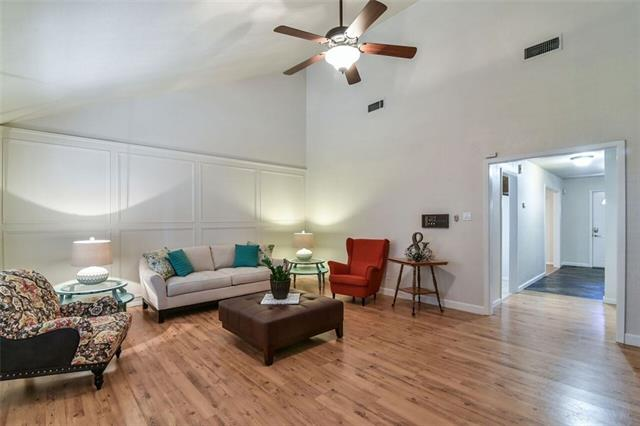 Photo of 619 Raintree Court  Arlington  TX