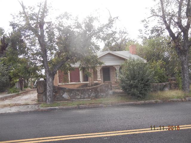 Photo of 403 Baker W  Brownwood  TX