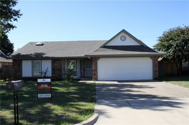 Photo of 728 Kensington Lane  Mansfield  TX