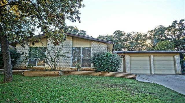 Photo of 24 Somerset Terrace  Bedford  TX