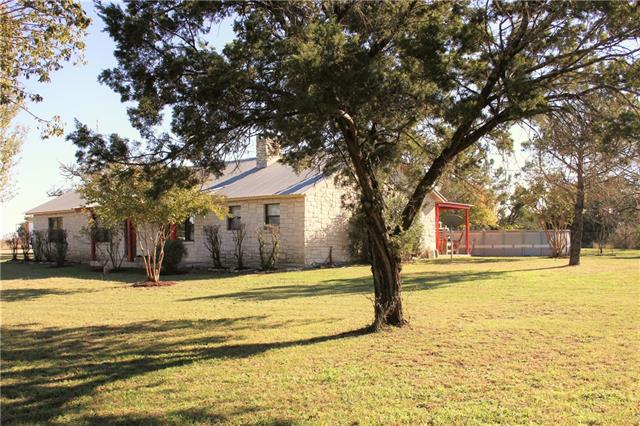 Photo of 1059 County Road 2803  Lometa  TX