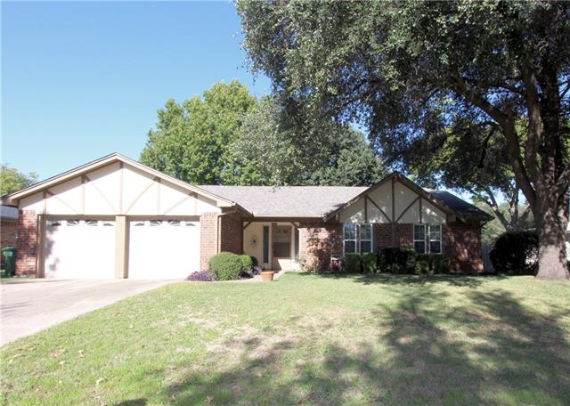Photo of 6613 Victoria Avenue  North Richland Hills  TX
