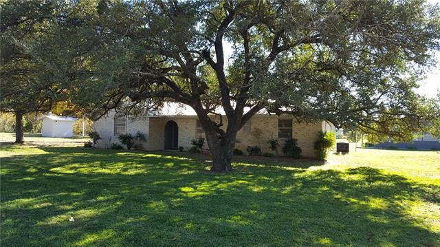 Photo of 209 Angus Drive  Weatherford  TX