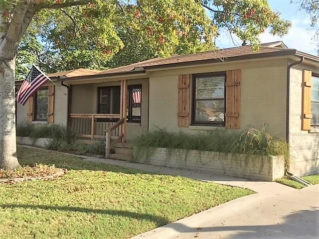 Photo of 904 Churchill Road  Fort Worth  TX