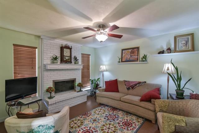Photo of 2103 Warnford Place  Arlington  TX