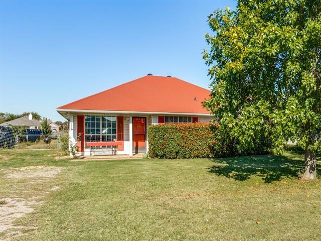 Photo of 612 Lamp Post Lane  Oak Point  TX