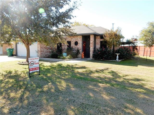 Photo of 1100 Yarbrough Street  Pilot Point  TX