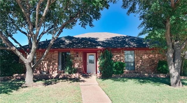 Photo of 2323 Kingsridge Drive  Dallas  TX