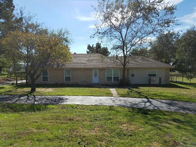 Photo of 1104 County Road 701  Cleburne  TX