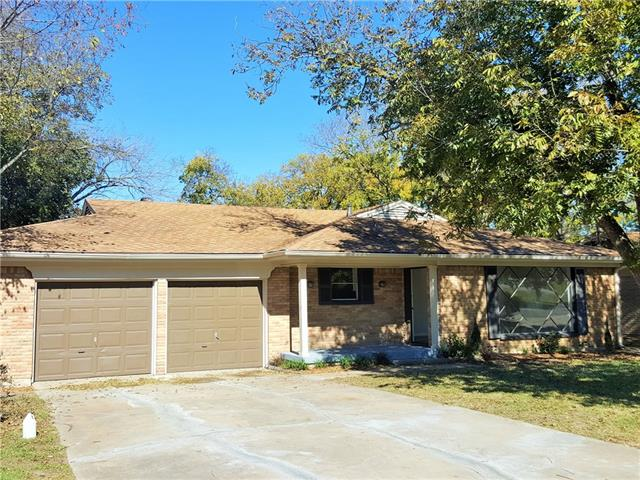 Photo of 2402 Beverly Drive  Greenville  TX