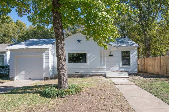 Photo of 4417 Harwen Terrace  Fort Worth  TX