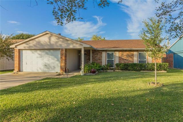 Photo of 6837 Glenhurst Drive  North Richland Hills  TX