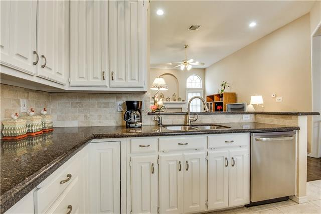 1812 Frosted Hill Dr, Carrollton, TX 75010